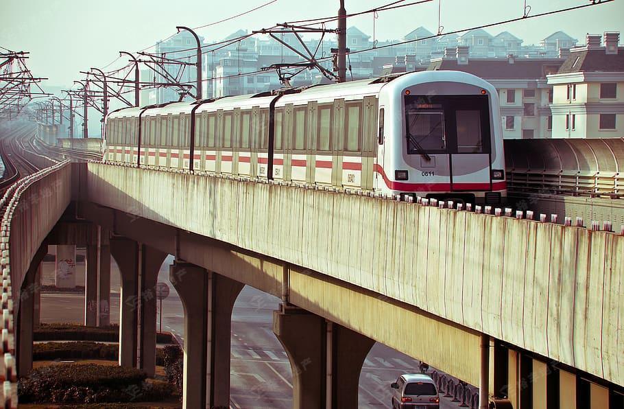 china-shanghai-underground-metro.jpg